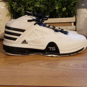 Adidas mens size 17 black and white shoes